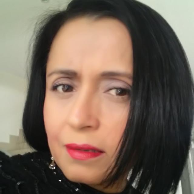 Rosa María Robledo